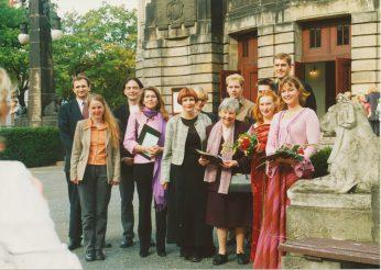 Preisträger des Staatstheaters Cottbus von rechts: Julia Bauer, Susann Thiede, Ursula Hulme (Stifterin), Marlies Kross, Dr. Karoline Newman (Stifterfamilie), Dr. John Gumbel (Stifterfamilie – links) Foto: Michael Helbig