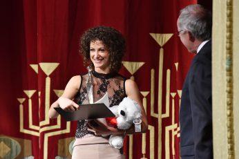 Tänzerin Greta Dato (Preisträgerin 2016) und Prof. Dr. Claus Lambrecht Vorstandsvorsitzender der Max Grünebaum-Stiftung.