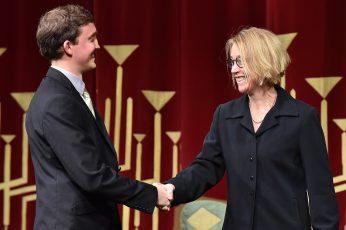 Dr.-Ing. Bert Kaiser (Preisträger 2016) und Prof. Dr. rer. pol. Christiane Hipp Hauptberufliche Vizepräsidentin für Forschung Brandenburgische Technische Universität Cottbus-Senftenberg.