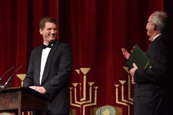 Sänger Ingo Witzke (Preisträger 2016) und Prof. Dr. Claus Lambrecht Vorstandsvorsitzender der Max Grünebaum-Stiftung (v.l.n.r.)
