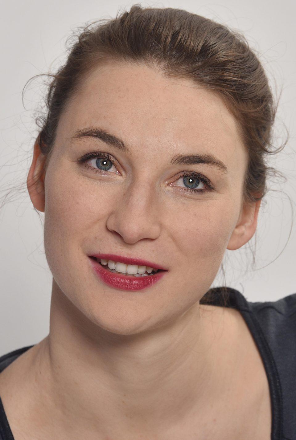 Lisa Schützenberger, Schauspielerin am Staatstheater Cottbus
